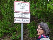 Schild mit Silvia Beyer