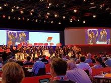 Aktion der Jugend gegen befristete Arbeitsverträge während der Rede von Arbeitsminister Heil