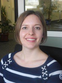 Unsere Kandidatin Frederike Kolb.Ich bin 24 Jahre alt und seit 2011 bei der Stadt Erlangen beschäftigt , wo ich von 2011-2014 meine Ausbildung zur Verwaltungsfachangestellten gemacht habe. Ich kandidiere für die JAV, weil die Auszubildenden unsere Kolleginnen und Kollegen von Morgen sind und ich sie daher in ihren Rechten unterstützen möchte.